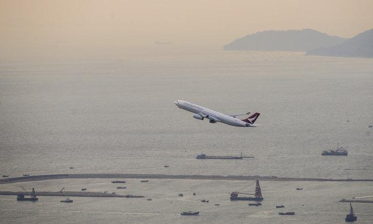 """ผู้เชี่ยวชาญเผย """"การบินระหว่างประเทศ"""" อาจไม่คืนสู่สภาวะปกติหลัง COVID-19 จนถึงปี 2023"""
