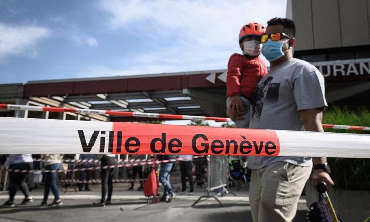 """สวิตเซอร์แลนด์สั่งกักตัว 300 คน หลังพบ """"ซุปเปอร์สเปรดเดอร์"""" จากไนต์คลับ"""