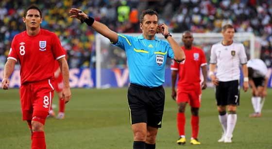 FIFAสั่งแบนโรเซ็ตติ,ลาร์ริออนด้า2เชิ้ตดำ