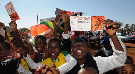 ตั๋วผีบอลโลก8ทีมระบาดหนักในแอฟริกาใต้