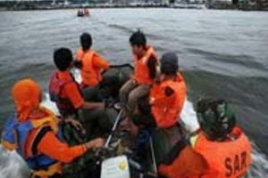 พบแล้ว5ศพเรือข้ามฟากอิเหนาจมหาย17คน