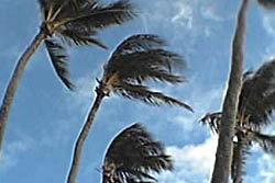 ด่วน! 4 ทุ่มคืนนี้ พายุถล่ม 6 จังหวัดภาคใต้