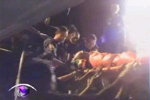 รถทัวร์กรุงเทพ-เชียงใหม่ พลิกคว่ำ ตาย 3 เจ็บ 30 คน