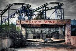 เปิดรั้ว! สวนสนุกสุดเศร้า ถูกทิ้งหลังหายนะถล่ม