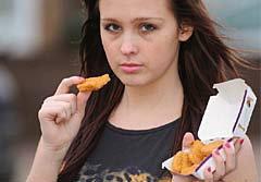 สาวอังกฤษวัย17ปี กินนักเก็ตอย่างเดียว15ปี