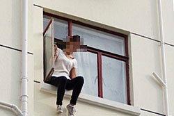 จีนมุงใจร้าย เชียร์เด็กคิดสั้นโดดตึก