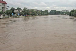 แม่น้ำปิงวิกฤติคาดเที่ยงนี้ทะลักท่วมเมืองเชียงใหม่