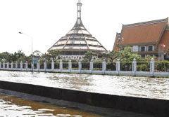 น้ำจากอนุสรณ์สถาน ขยายวงถึงสะพานใหม่-ร.พ.ภูมิพล