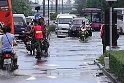เช็คสถานการณ์น้ำท่วมกรุงเทพฯ ช่วงเช้า ที่นี่!!!