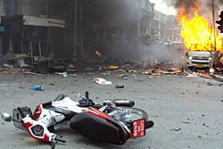ประมวลภาพเหตุการณ์ระเบิด 3 ครั้ง ที่ยะลา