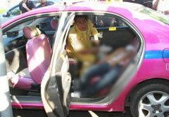 ยิงวิศวกรดับคาแท็กซี่ คาดแย่งกันจีบผู้หญิง