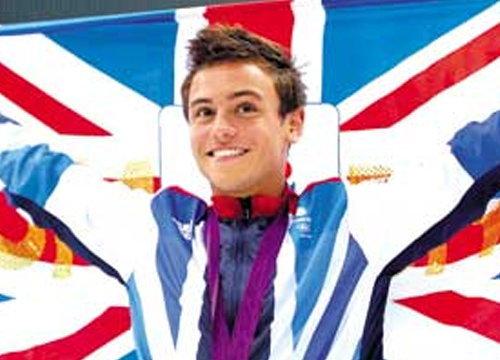 นักโดดน้ำหนุ่มทีมชาติอังกฤษยอมรับเป็นเกย์
