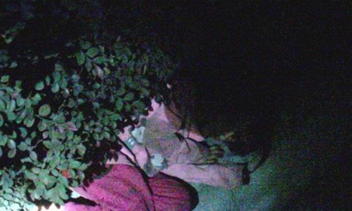 เด็กหญิงงอนพี่ชาย เดินร้องไปหาพ่อ หลับข้างทางด่วน