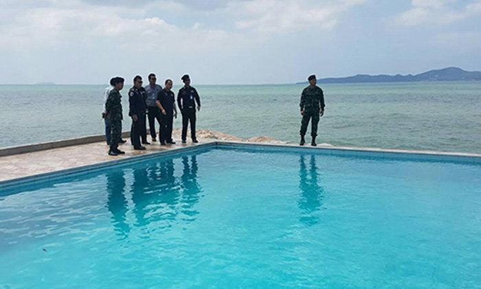 รวบแล้ว เจ้าของโรงแรมสระว่ายน้ำโผล่กลางทะเล