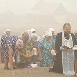 ชาวรัสเซียทำพิธีขอฝนเพื่อป้องกันไม่ให้เกิดไฟป่าครั้งใหม่