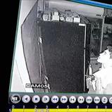 วงจรปิดจับภาพโจรงัดร้านอาหารกวาดเงินไปกว่า 1 แสนบาท ก่อนอึไว้ให้ดูต่างหน้า