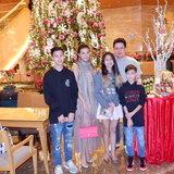 ครอบครัวหิมะทองคำ