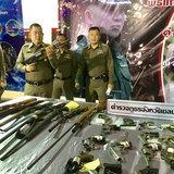 ผู้การชลบุรี แถลงผลการกวาดล้างอาชญากรรม ปิดคดีอาวุธปืน ยาเสพติด