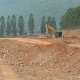 230761 ชัยนาท ชาวบ้านโวยสื่อ รถขนดินบ่อลูกรังจนทำฝุ่นฟุ้งถนนเสียหาย
