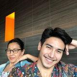 ก๊อต จิรายุ  กับ คุณแม่