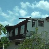 พิจิตรอ่วม พายุกระหน่ำพัดบ้านพังกว่า 30 หลัง ชาวบ้านเผยแรงสุดในรอบ 25 ปี