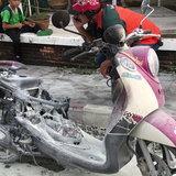 เพชรบูรณ์ ไฟไหม้รถจักรยานยนต์ลูก 2 คนกระโดดหนีตาย
