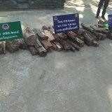 มุกดาหาร ตชด 234 สนธิกำลังหน่วยงานความมั่นคง ยึดไม้พะยูงเตรียมส่งไปประเทศเพื่อนบ้าน