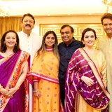 ภาพครอบครัวของ ไอชา แอมบานี