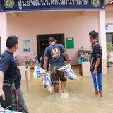 พัทลุง_161261_น้ำทะลักท่วมโรงเรียนเขตเทศบาลเมืองพัทลุง