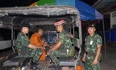ทหารบุกกุฏิเจอผู้หญิง-ถุงยางใช้แล้ว หลวงพี่อ้างสีกาแค่มาปรับทุกข์