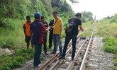 หนุ่มติดหนี้พนัน-ยักยอกเงินออฟฟิศ คิดสั้นโดดให้รถไฟชนร่างกระจุย