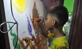 เด็กชาย 11 ขวบ วาดภาพพุทธศิลป์สุดสวยงาม