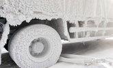 """หนาวจัด -30 องศา เปลี่ยนรถบรรทุกกลายเป็น """"รถน้ำแข็ง"""""""
