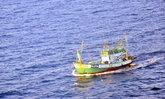 ทัพเรือภาคที่ 1 ระดมหาลูกเรือประมงพลัดตกทะเล