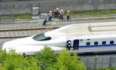 ญี่ปุ่นปิ๊งไอเดีย ใช้เสียงหมาเห่า-กวาง ป้องกันอุบัติเหตุรถไฟชินคันเซ็น