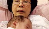 ภาพอบอุ่นใจ ย่าดวงดาว รับหน้าที่เลี้ยงหลานสาว น้องมียา จารุจินดา