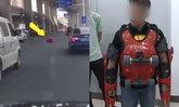 """หนุ่มจีนสวมชุด """"โรลลิ่ง สูท"""" ทำเอง ซิ่งบนถนน รถราตกใจขับหลีกชุลมุน"""