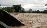 สะพานพัง 5 แห่ง หลังน้ำป่าไหลหลากท่วมหลายพื้นที่ใน จ.พะเยา
