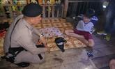 ตำรวจ สภ.ฉวาง รวบหนุ่มค้ายาคาสวนผลไม้ พบของกลางยาบ้ากว่าหมื่นเม็ด