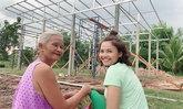 """สุดยอด! """"ตั๊กแตน ชลดา"""" เผยงบสร้างบ้านให้ครอบครัวทีเดียว 4 หลัง"""