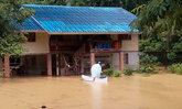 ฝนตกหนักน้ำท่วมขยายวงกว้างเพิ่มขึ้น ด้านน้ำป่าไหลหลากเข้าพื้นที่ทุ่งมะพร้าว