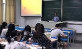 ครูจีนสุดใจป้ำ เปย์ 2 หมื่นนั่งแท็กซี่ฝ่าไต้ฝุ่นมังคุด 13 ชม. เพื่อมาสอนลูกศิษย์ให้ทัน
