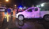 รถกระบะซิ่งเสียหลัก ชนรถมอเตอร์ไซค์สวนทาง หนุ่มฝรั่งเศส-แฟนชาวไทยดับ 2 ราย