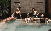 """""""จุ้มจิ้ม-ภัทร"""" เปิดบ้านหรูหลังใหม่ ชวนเพื่อนปาร์ตี้มุมสระว่ายน้ำในบ้าน"""