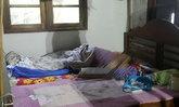 โจรมุดมุ้งบีบคอแม่เฒ่าวัย 74 ตายทั้งที่หมากยังคาปาก ลูกชายแปลกใจหมาไม่เห่า