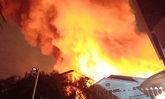ด่วน! ไฟไหม้ชุมชนซอยสมเด็จพระเจ้าตากสิน 23 วอดแล้ว 4 หลัง