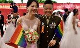 """""""กองทัพไต้หวัน"""" จัดงานแต่งงานสำหรับ """"ทหาร LGBTQ+"""" ครั้งแรก"""
