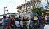 รถตู้แหกโค้งชนเสาไฟเพลิงคลอก2ศพ