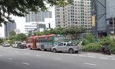 ชนสนั่นปากซอยรัชดา-ท่าพระ 7 กระบะพุ่งชนท้ายรถเมล์สาย 68 ดับคาที่