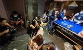 บุกโรงแรมดังย่านรามอินทรา จับ 59 วัยรุ่น มั่วสุมปาร์ตี้ยาฉลองวันเกิด